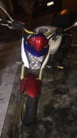 Troco hornet´por moto menor,  - Motos - Campo Grande, Rio de Janeiro   OLX