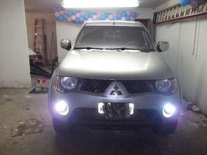 Mitsubishi L200 triton disel automatica,  - Carros - Centro, Nova Friburgo | OLX