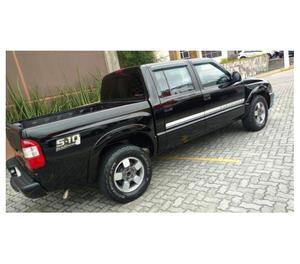 Gm - Chevrolet S10 Executive Cabine dupla + Bancos em Couro