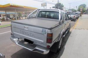 Toyota Hilux CD SRV 4xV 90cv Diesel