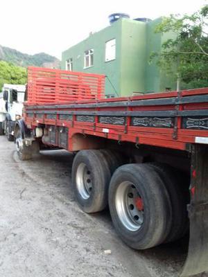 Caminhão carroceria MB  - Caminhões, ônibus e vans - Palmeiras, Nova Iguaçu | OLX
