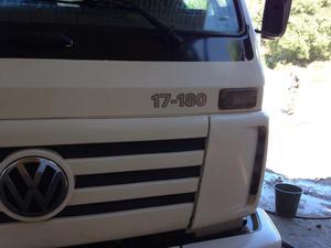 Caminhão VW- poli guindaste duplo - Caminhões, ônibus e vans - 14 De Julho, Duque de Caxias | OLX