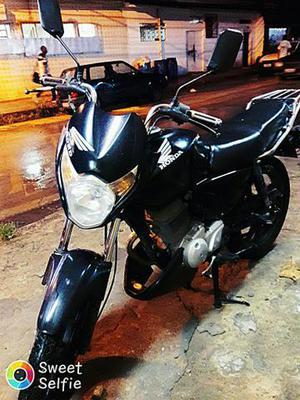 Titan 150 ks de garagem,  - Motos - São Mateus, São João de Meriti | OLX