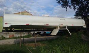 Tanque de 10 mil litros para transporte de água potável e carroceria de toco semi nova - Caminhões, ônibus e vans - Iguaba Grande, Rio de Janeiro | OLX