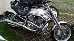 Harley-davidson V-rod Harley-davidson V-rod Harley-davidson V-rod Harley-davidson V-rod,  - Motos - Jacarepaguá, Rio de Janeiro | OLX