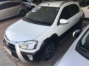Toyota Etios Cross v Flex 4p Manual