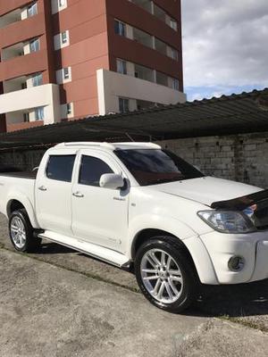 Hilux 4x4 diesel cabine dupla aro  - Carros - Campo Grande, Rio de Janeiro | OLX