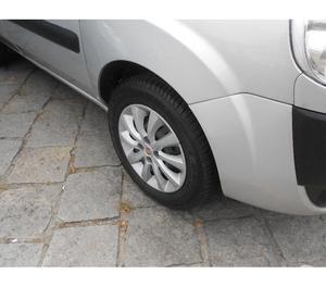 Fiat Doblô 1.4 Atractive  Confiram!