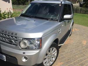 Land Rover Discovery Se 3.0 Sdv6 4x em Blumenau R$