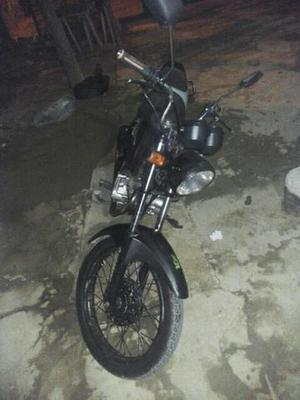 Vende fan,  - Motos - Centro, Macaé | OLX