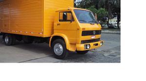 Caminhão baú volkswagen  - Caminhões, ônibus e vans - Aterrado, Volta Redonda | OLX