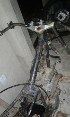 Motor de tornado e quadro de xlx,  - Motos - Armação Dos Búzios, Rio de Janeiro | OLX
