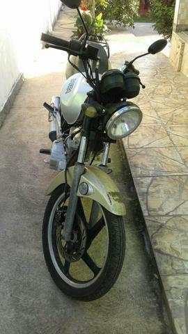 Vende-se,  - Motos - Iguaba Grande, Rio de Janeiro | OLX