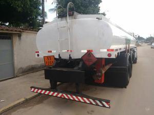 Caminhão tanque combustível - Caminhões, ônibus e vans - Parque São João, Duque de Caxias | OLX
