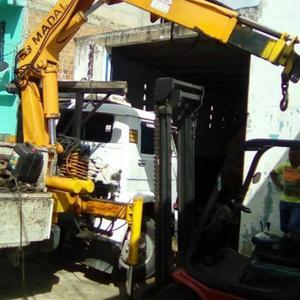 Maquinas munck grua garras retroescavadeiras e implementos - Caminhões, ônibus e vans - Rio de Janeiro, Rio de Janeiro | OLX