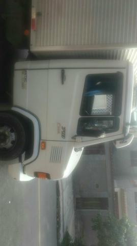 Mb 710 - Caminhões, ônibus e vans - Barreto, Niterói   OLX