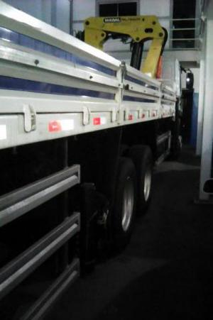 Caminhão Munck - Caminhões, ônibus e vans - Parque Rosário, Campos Dos Goytacazes | OLX