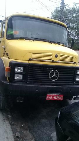 Caminhão Mercedes  ano  - Caminhões, ônibus e vans - Coelho Neto, Rio de Janeiro | OLX