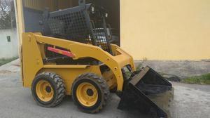 Caterpillar Mini Carregadeira BobCat  Diesel - Caminhões, ônibus e vans - Califórnia, Itaguaí | OLX