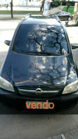 Zafira automática ex táxi  - Carros - Jardim América, Rio de Janeiro | OLX