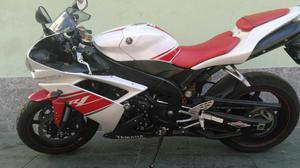 Yamaha Yzf r cor:branca com km,  - Motos - Vale do Paraíso, Teresópolis | OLX