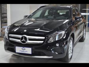 Mercedes-Benz GLA 200 Style  em Porto Alegre R$