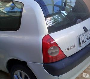 vendo carro renaut clio cor prata com travas elétricas