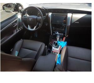 Hilux SW4 SRX 4xv Diesel, Automática, 07 lugares