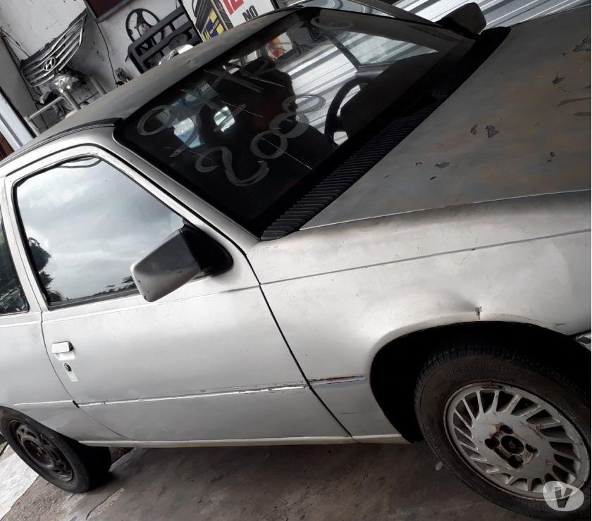 Kadett 91 Turim (carro pra retirar pecas)SUCATA
