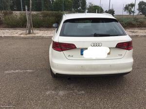 Audi A3 Agosto/13 - à venda - Ligeiros Passageiros,