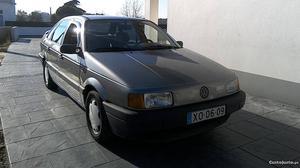 VW Passat 1.6td cl Novembro/91 - à venda - Ligeiros