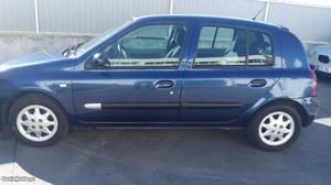 Renault Clio Renault Clio 1.5 dci Julho/01 - à venda -