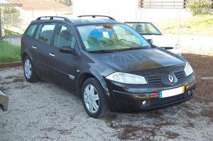 Renault Mégane Dynamique Abril/04 - à venda - Ligeiros
