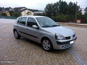 Renault Clio  dci Junho/01 - à venda - Ligeiros