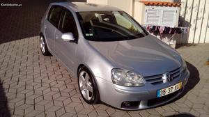 VW Golf Comfortline Agosto/04 - à venda - Ligeiros