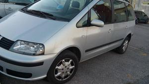 Seat Alhambra tdi Dezembro/00 - à venda - Monovolume / SUV,