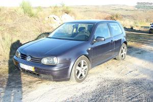 VW Golf golf iv Abril/98 - à venda - Ligeiros Passageiros,