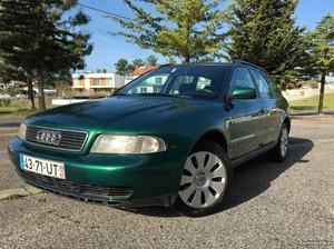 Audi A4 avant sport 110cv Janeiro/99 - à venda - Ligeiros