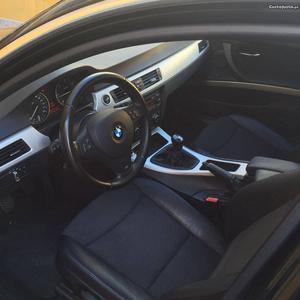 BMW 320 bmw 320 Abril/10 - à venda - Ligeiros Passageiros,