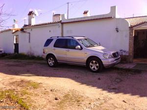 Mercedes-Benz ML 270 cdi nacional Abril/01 - à venda -