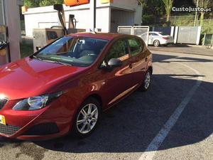 Seat Ibiza 1.2 Reference Fevereiro/10 - à venda - Ligeiros