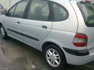 Renault Scénic 19dci  nac Julho/01 - à venda -