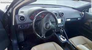Audi a3 Junho/04 - à venda - Ligeiros Passageiros, Lisboa -
