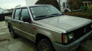 Mitsubishi L200 l2oo 4x4 Novembro/94 - à venda - Pick-up/