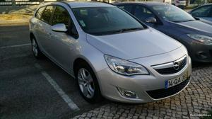 Opel Astra Caravan 1.7 Cdti Abril/11 - à venda - Ligeiros