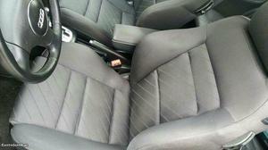 Audi A3 tdi sport 130cv, aut Maio/01 - à venda - Ligeiros