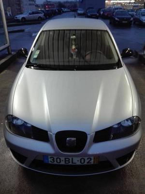 Seat Ibiza v 64cv Março/06 - à venda - Ligeiros