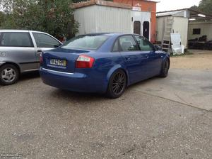 Audi A4 Audi A4 1.9 TDI Agosto/01 - à venda - Ligeiros