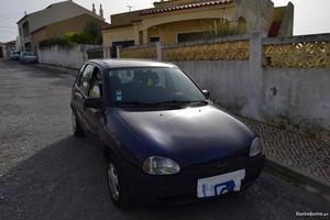 Opel Corsa 1,0 gasolina Abril/99 - à venda - Ligeiros