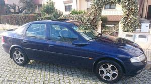 Opel Vectra Vectra Dezembro/97 - à venda - Ligeiros